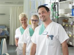 bayreuth kliniken bezirkskrankenhaus pfleger