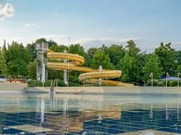 bayreuth baeder therme kreuzsteinbad rutsche