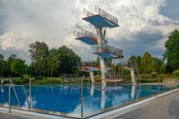 bayreuth baeder therme kreuzsteinbad sprungturm
