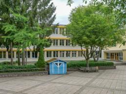schulen bayreuth herzoghoehe aussenansicht