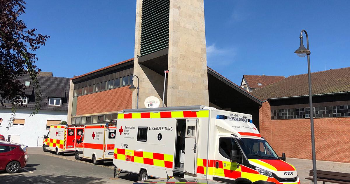 Polizei Bayreuth: Dachstuhl niedergebrannt
