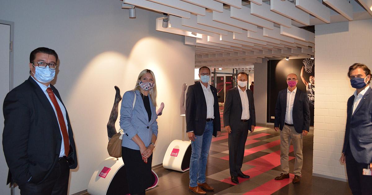 Nachrichten Bayreuth: Stolz auf eine Firma wie Medi