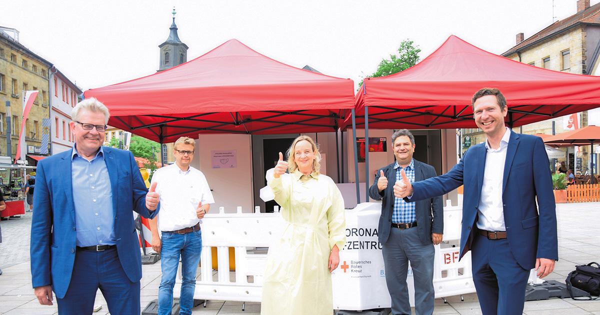 Corona-Virus in Bayreuth: Impfcontainer auf dem Stadtparkett schließt