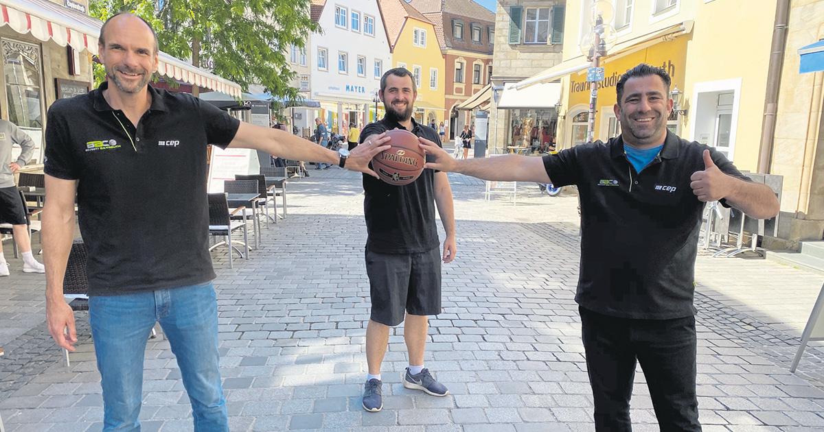 Lokalnachrichten in Bayreuth: Kinder für Basketball begeistern
